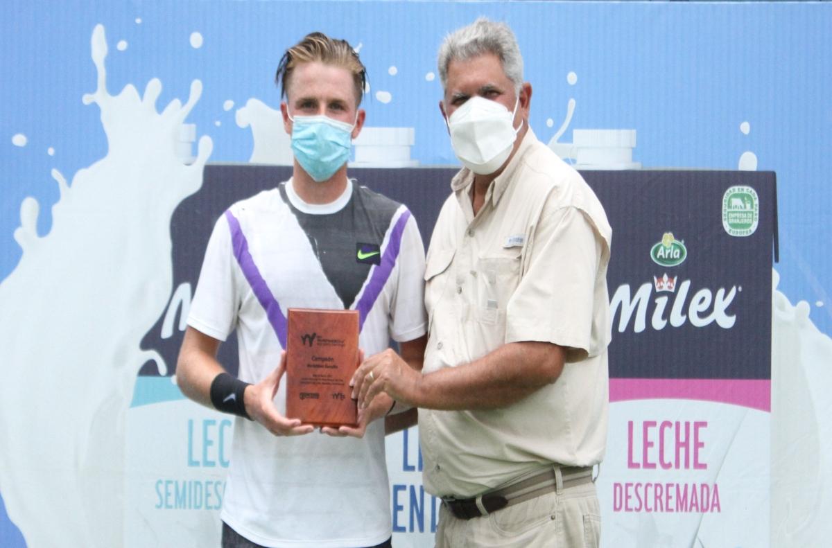 Aidan Mchugh triunfó en primera semana M25 Santo Domingo